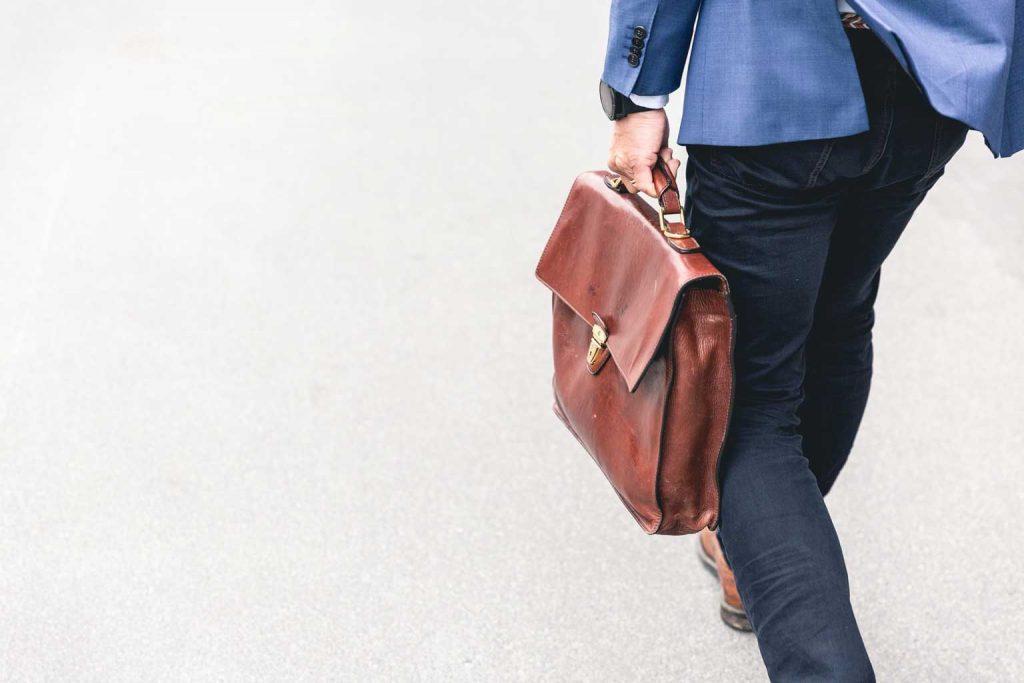 Wat doet een sales consultant? Van sales technieken tot relaties bouwen.