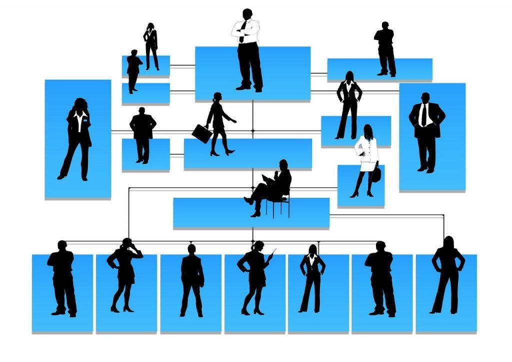 Wat je als secretaresse doet varieert van de telefoon opnemen tot evenementen organiseren. Een echte  spin in het web dus.